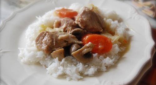 Рагу з телятини під білим соусом